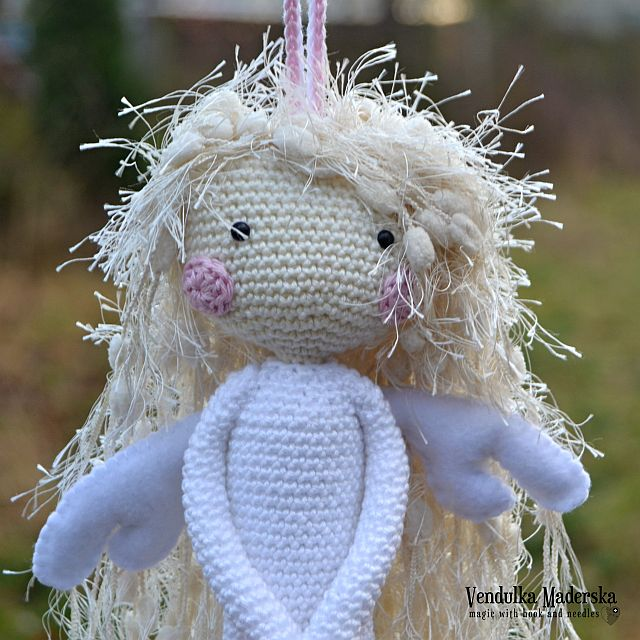 Then I put false eyelashes on her #amigurumi #crochet #patterns by ... | 640x640