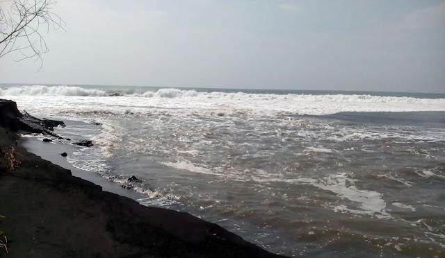 Pantai Bulurejo Desa Bulurejo Kecamatan Tempursari