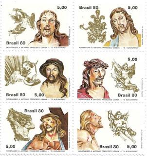 Bloco com seis cabeças de Cristo em Madeira