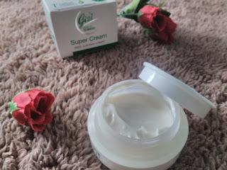 review gizi super cream
