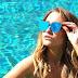 """Carla Diaz sensualiza em piscina e brinca: """"eu acordando na segunda"""""""