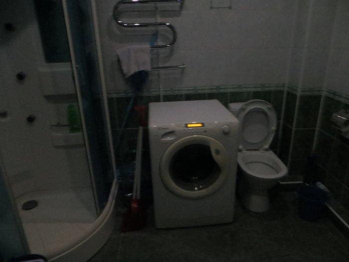 Санузел и стиральная машинка