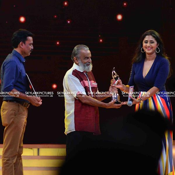 Kaniha Latest Photos from Vanitha Awards 2017