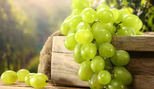 شراء العنب في المنام