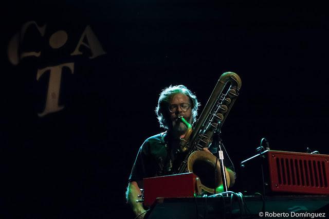 © Roberto Domínguez - Ferran Besalduch & Ingar Zach