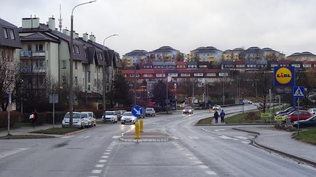 Poprawa bezpieczeństwa na przejściach dla pieszych - Czytaj więcej »