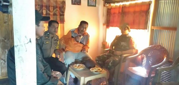 Temui Warganya,Bhabikamtibmas Sicini Polres Gowa Aktif Melaksanakan Sambang Ke Wilayah Binaannya