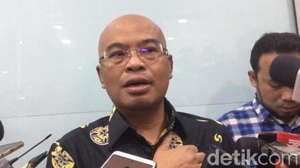 Desmond Kritik Larangan Foto-Rekam di Sidang: MA Ini Sudah Sarang Mafia