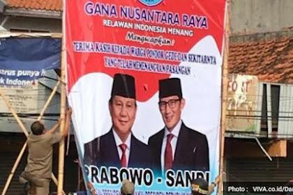 Tiga Baliho Ucapan Kemenangan Prabowo-Sandi di Bekasi Diturunkan