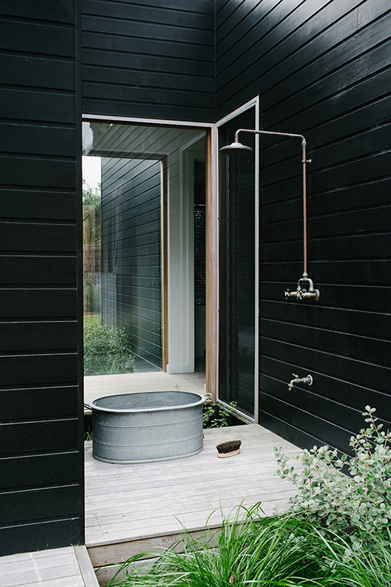 Outdoor shower | Image by Brooke Holm via Share Design