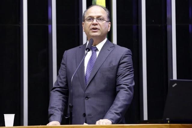 Ex-ministro de Temer, paranaense Ricardo Barros é cotado para assumir Saúde