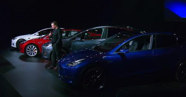 Ilon Mask i 4 modeli Tesla