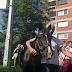Doveden konj pred zgradu OHR-a, okupljeni traže konkretan potez Inzka