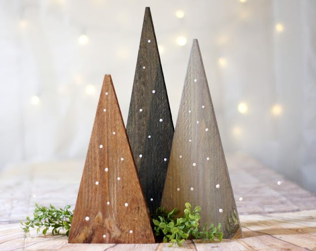 The Best Etsy Stores for Christmas Decorations