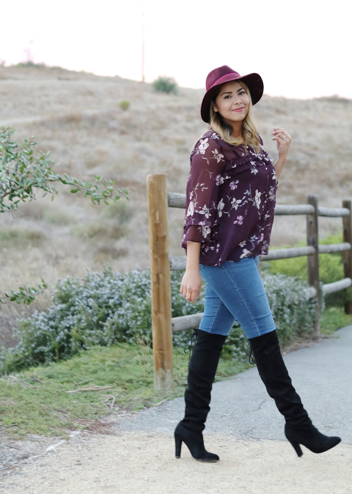 Old navy skinny jeans, a fall 2016 outfit, fall fashion outfit ideas, san diego style blogger