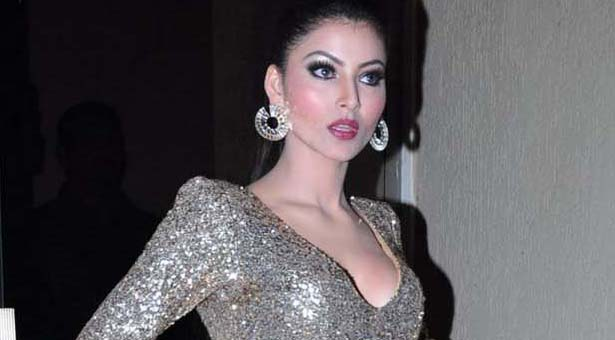 Urvashi Rautela Hot & Sexy Pictures,Images,Photos And Wallpapers