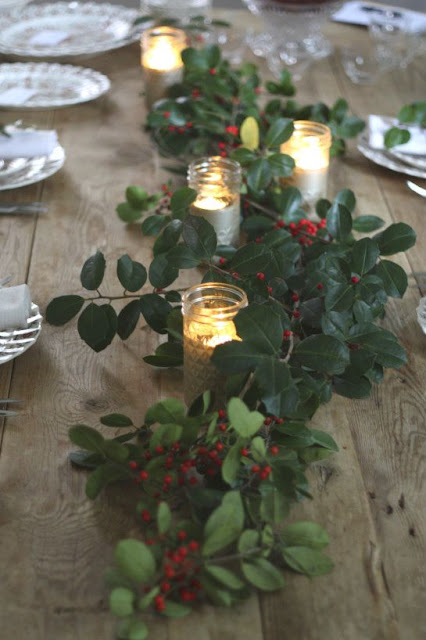 Christmas countdown: Some festive table decor ideas….