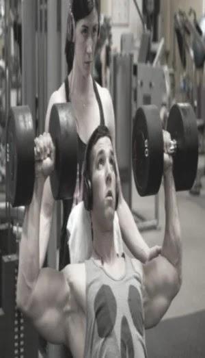 Best exercises for shoulders, dumbbell shoulder press