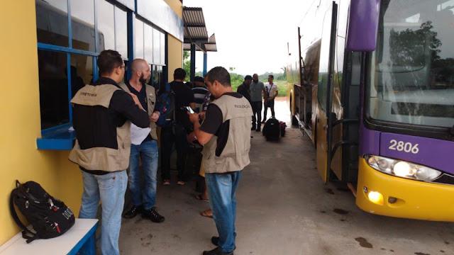 Agero faz fiscalização no transporte rodoviário intermunicipal de passageiros em Guajará-Mirim
