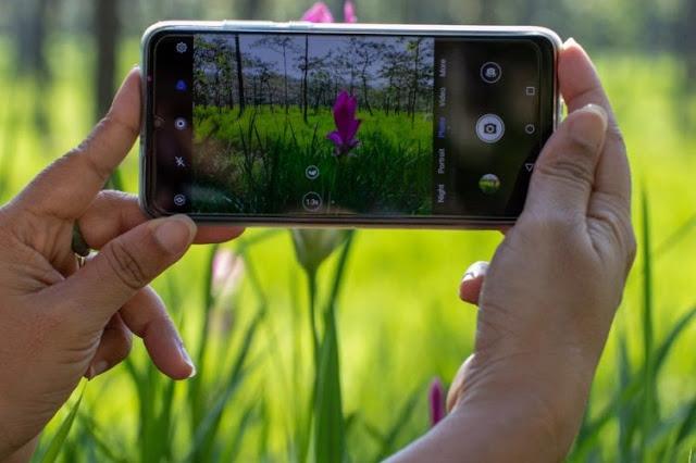 Cara Foto (Memotret) Menggunakan HP Agar Instagrammu Naik Level, dan Makin Kece