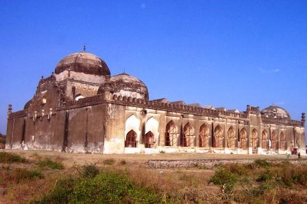 Gulbarga: India's city of tombs and domes