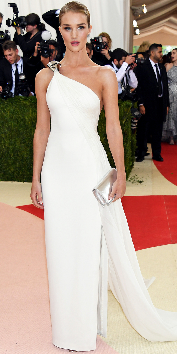 Rosie Huntington Whiteley 2016 MET GALA
