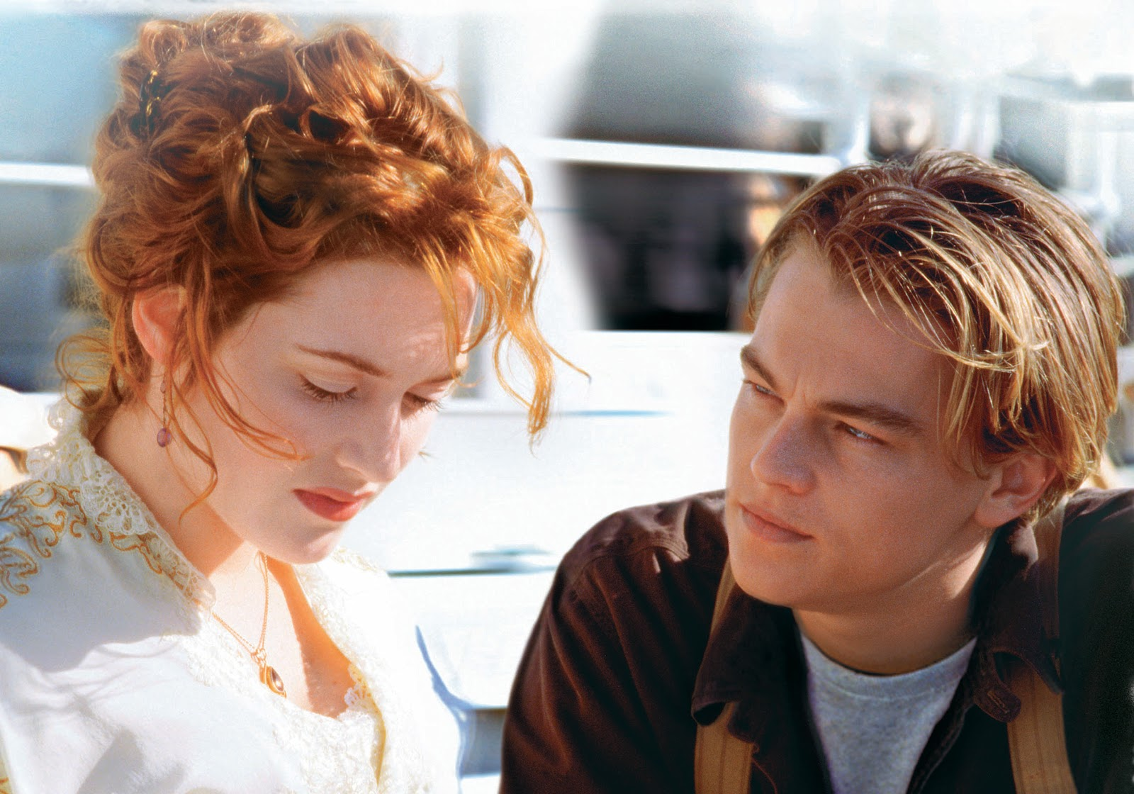 Titanic returns to the big screen in 3d titanic in a new - Jack and rose pics ...
