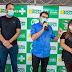 Em Picuí, prefeito Olivânio abre campanha de vacinação conta covid 19 no município.