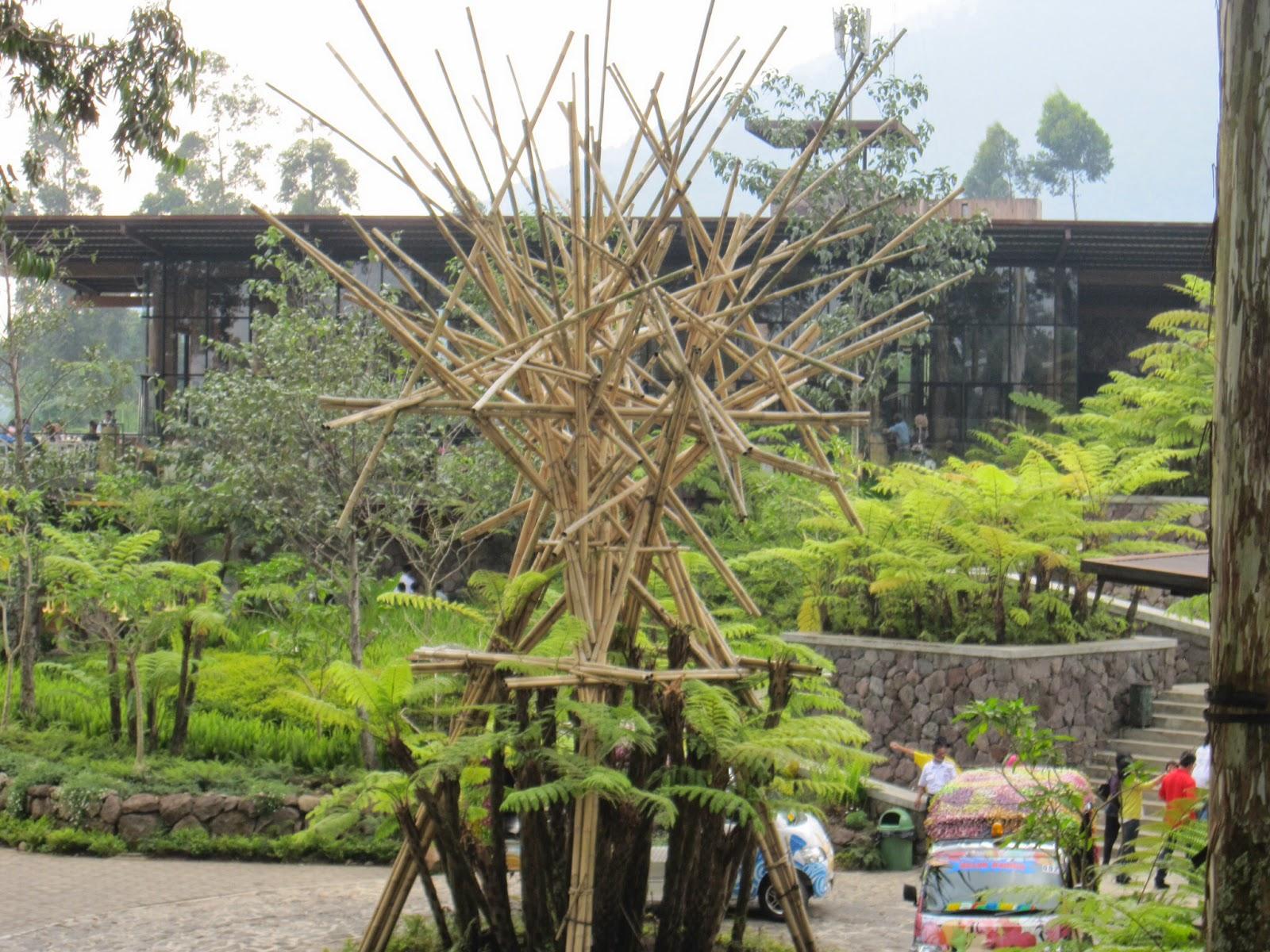 Gapura Bambu 17 Agustus Sederhana Arina Bev