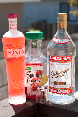 kinky-tini cocktail, vodka, kinky liqueur, cranberry juice, lime juice