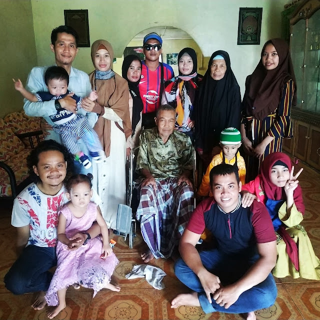 Rombongan Keluarga