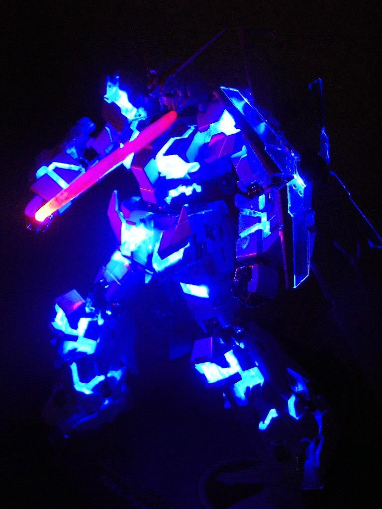 10 Awesome Customized Model Kits With Led Lights Gundam Custom Hg 1 144 Extreme Full Build By Hutleys