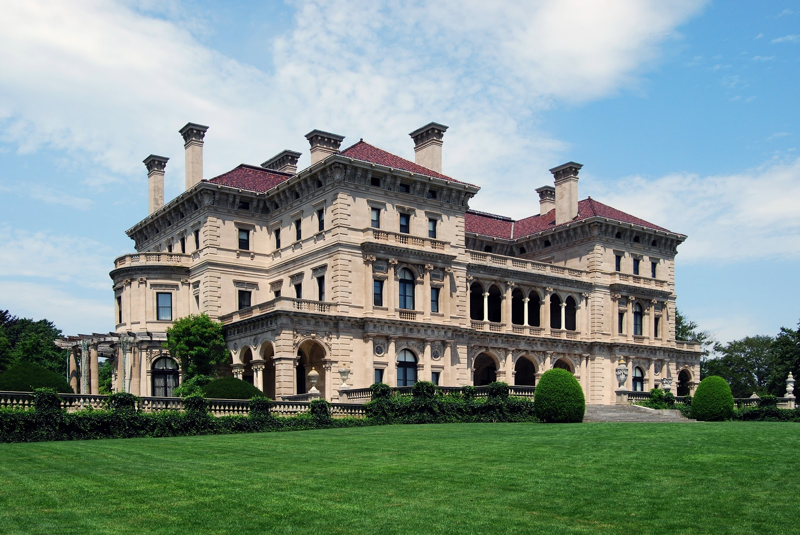 (BAD) Blog About Design: The Vanderbilt Mansion: The Breakers