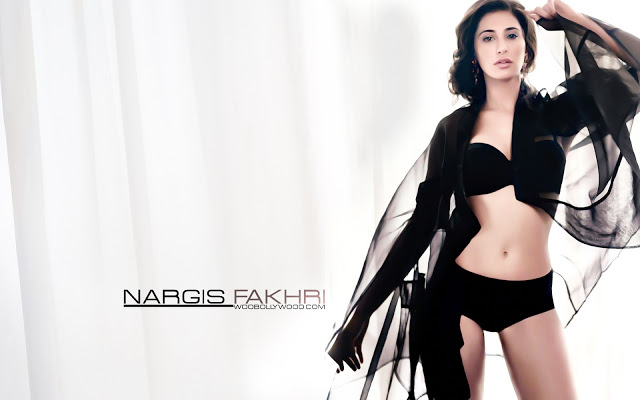 Hot Nargis Fakhri, sexy Indian Actress