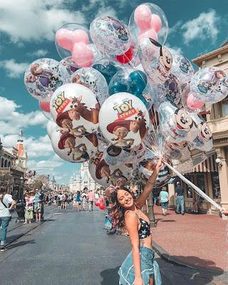 Fotos tumblr en DISNEY con globos