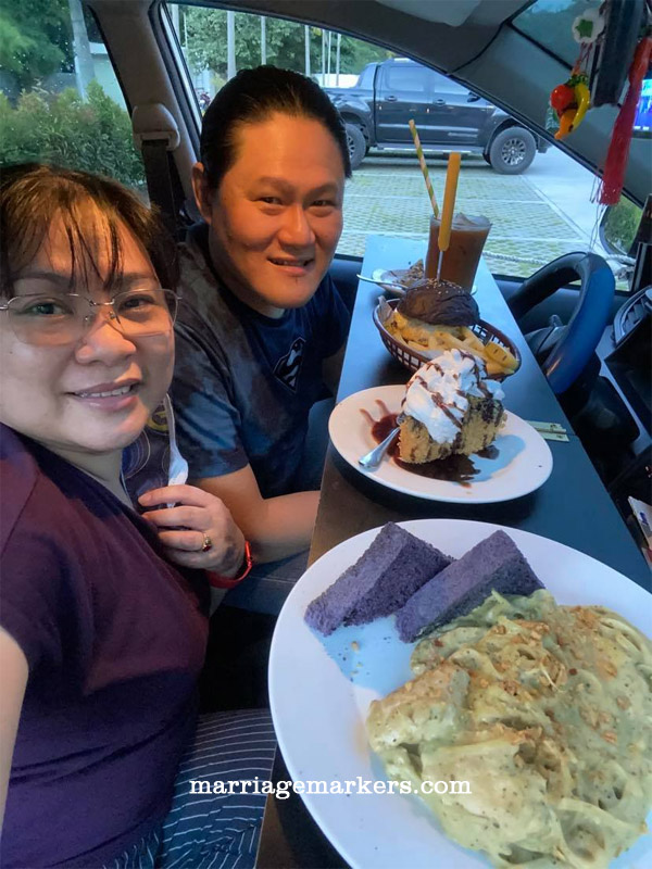 Covid-19 safety, ThirdWave Restaurant, Bacolod restaurant, in-car dining, in-car dating, reservations needed, unique experience, Bacolod cafe, Thirdwave cheeseburger, pasta, coffee, crispy cheesecake, dating, couple goals
