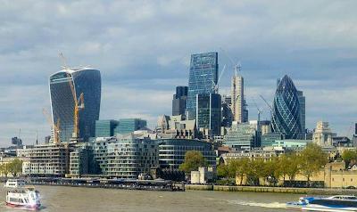 Edificios modernos en Londres Inglaterra