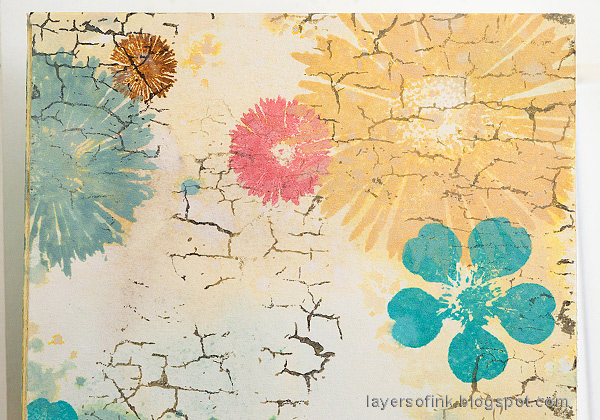 Layers of ink - Floral Folio Tutorial by Anna-Karin Evaldsson.