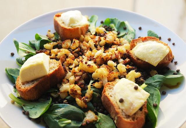 Salade lentilles mâche chou-fleur chèvre