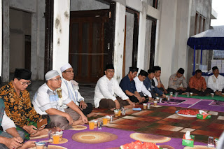 Wabup Lombok Utara Adakan Bukber Tokoh Agama dan Masyarakat