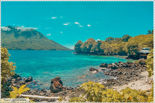 Pantai Jikomalamo di Ternate