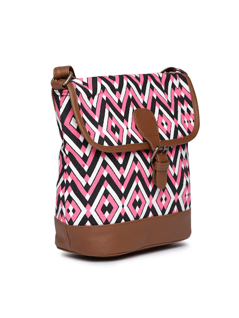 Shopping, Style and Us: India's Best Shopping and Self-Help Blog- BUY KANVAS KATHA DUFFLE BAG