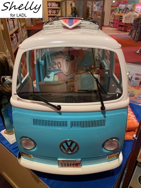 Joss Volkswagen Surf Bus : volkswagen, Living, Doll's, Joss', Store, Report*, Nashville
