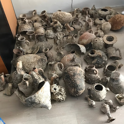 Συνελήφθη 32χρονος ημεδαπός με πλήθος αρχαίων αντικειμένων