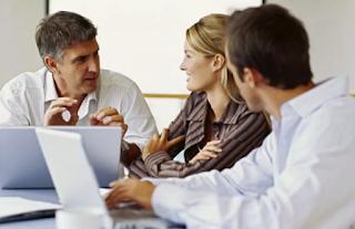 Cara Membuat Klien Terkesan dengan Anda
