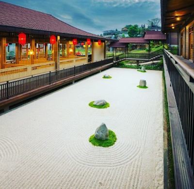 harga kamar di the onsen hot spring resort batu