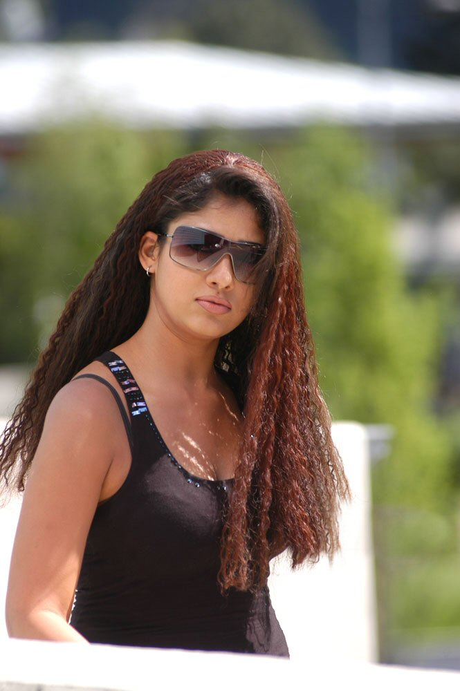 Nayanthara Unseen Cleavage Boobs Hot 100 Rare-9906