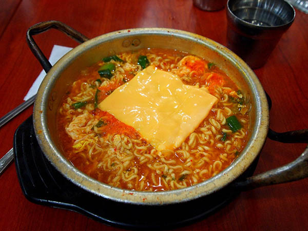 Resep Mie Ramen Korea Pedas Halal