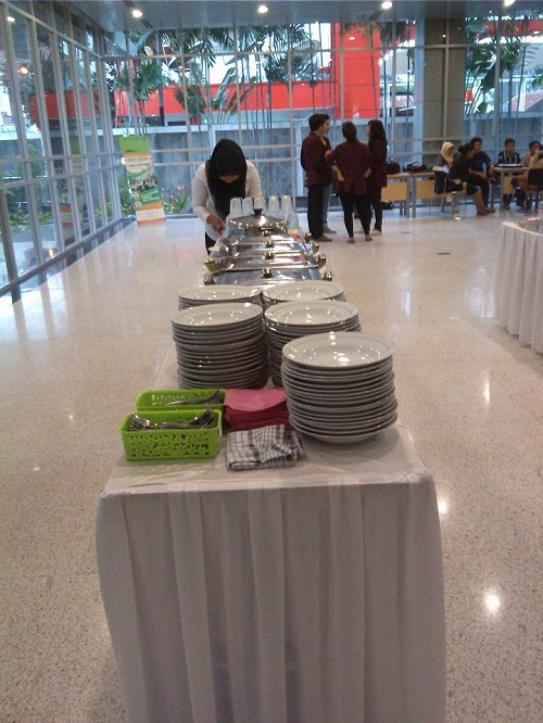 Rental Peralatan Catering Pesta