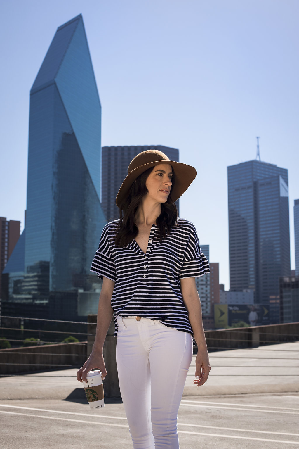 Styling a flutter sleeve top for summer